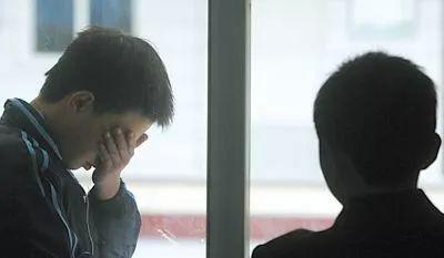 阜阳白癜风医院:接触白癜风患者会传染吗?
