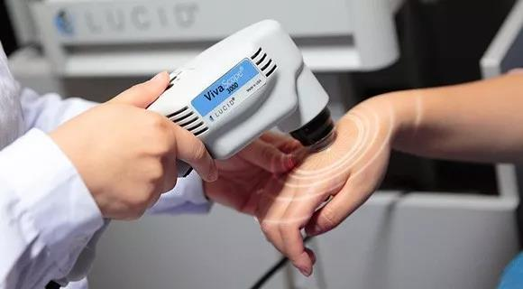 美国三维皮肤CT和伍德灯哪个检查白癜风更准确